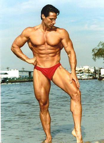 Leg Training with Anthony Catanzaro – ManiacFitness.com
