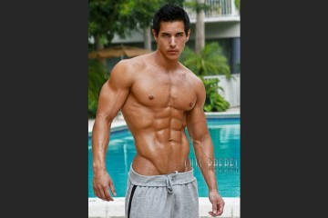 Interview with Fitness Model Alan Valdez
