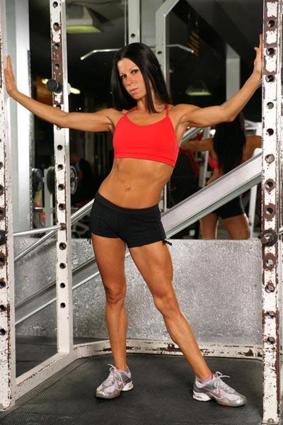interview with figure athlete angelique kronebusch  u2013 maniacfitness com